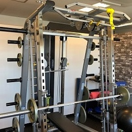 最新マシンでの高強度なトレーニング